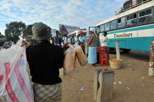 Bus crash kills at least 30 in Zimbabwe