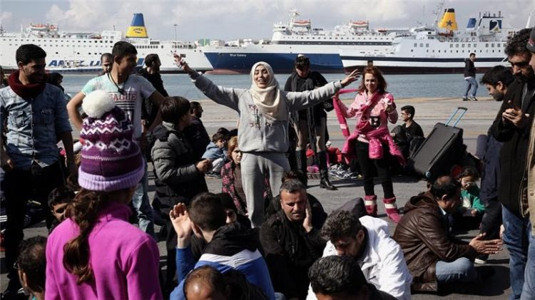 Syrian refugees regret going to Greece