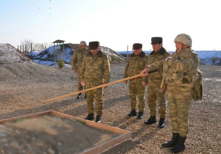 Azerbaijani Defence Minister inspects readiness of military units on frontline - PHOTOS