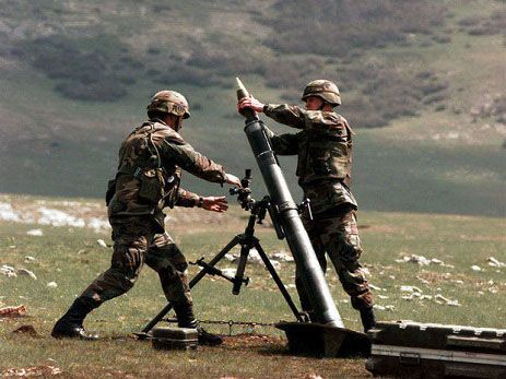 Armenia breaks ceasefire using machine guns, mortars