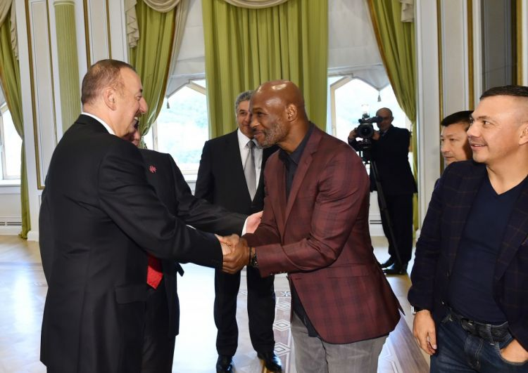 President Ilham Aliyev received participants of 55th Convention of World Boxing Council