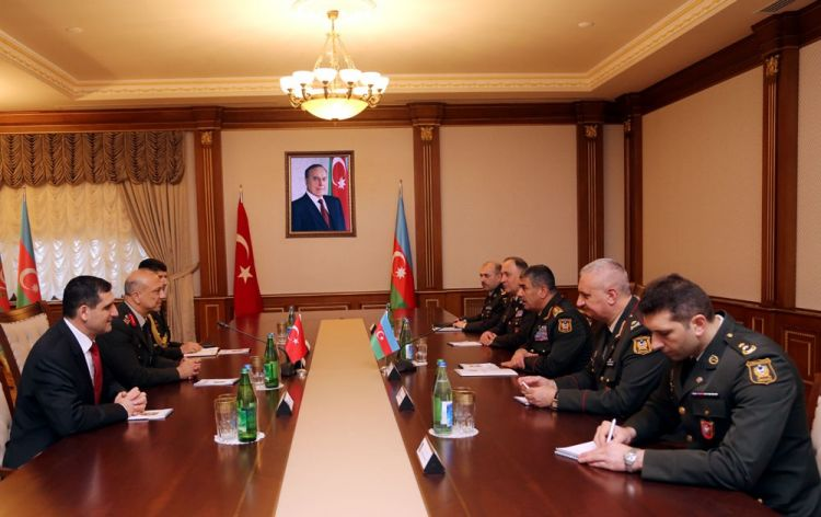Azerbaijan and Turkey discuss expanding of military cooperation