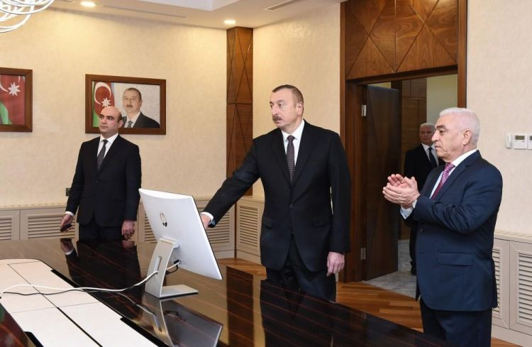 President attends opening of distribution network's building