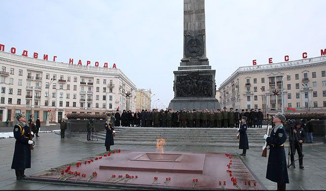 Azerbaijan Defense Minister took part in the events dedicated to the 100th anniversary of the Armed Forces of Belarus