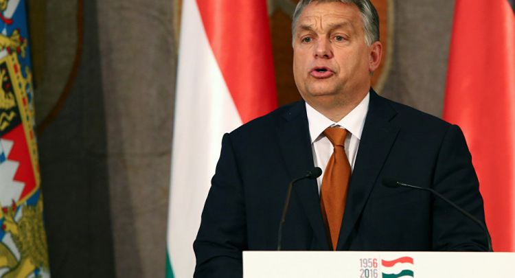 Macron Removes France's Envoy, Who Praised Hungarian PM's Anti-Refugee Stance